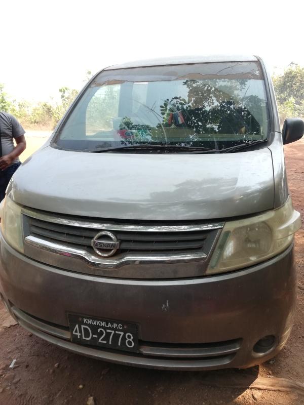 ミャンマーの日産中古車