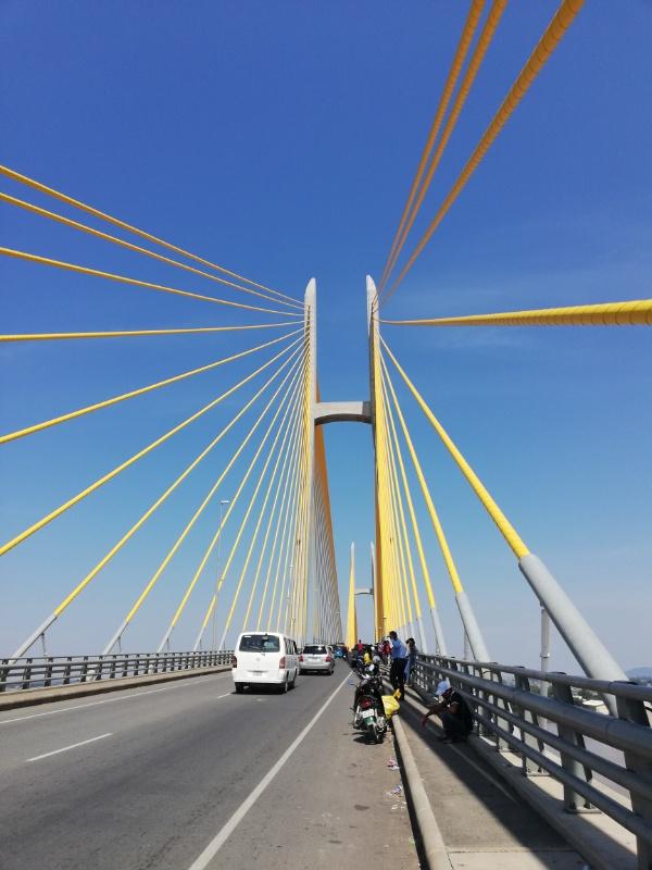 ネアックルン橋カンボジア